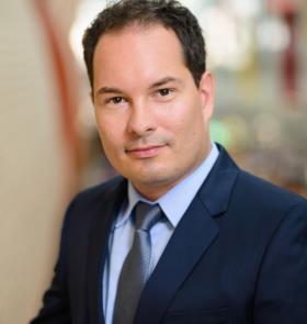 Dr. Adamov David photo